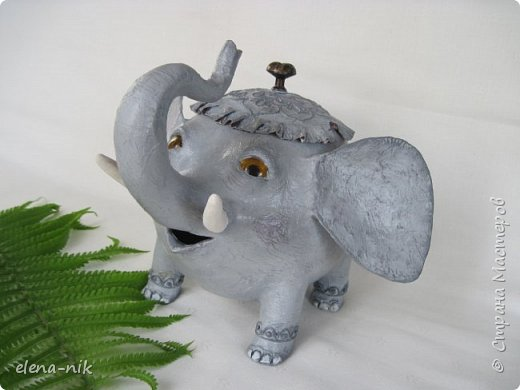Улыбка красит лицо человека, но и... слона. Принимайте мою новую работу - слон-конфетница. Или слон-копилка. фото 1