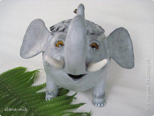 Улыбка красит лицо человека, но и... слона. Принимайте мою новую работу - слон-конфетница. Или слон-копилка. фото 4