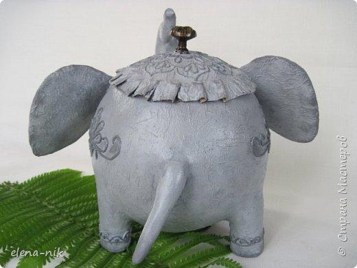 Улыбка красит лицо человека, но и... слона. Принимайте мою новую работу - слон-конфетница. Или слон-копилка. фото 3