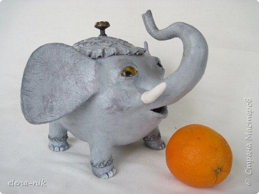 Улыбка красит лицо человека, но и... слона. Принимайте мою новую работу - слон-конфетница. Или слон-копилка. фото 12