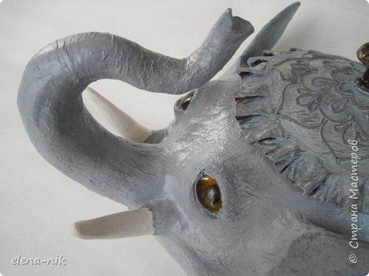 Улыбка красит лицо человека, но и... слона. Принимайте мою новую работу - слон-конфетница. Или слон-копилка. фото 8