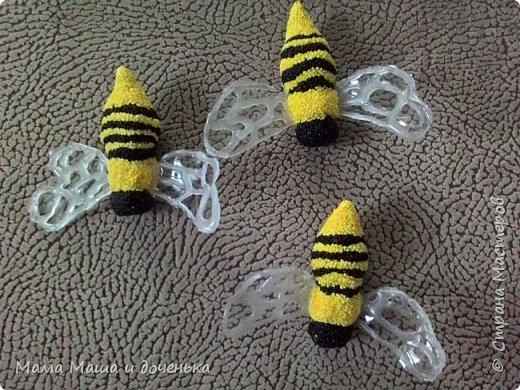 Доброго времени всем жителям. Мы с моей дочкой живем в славном городе Тамбове, и на гербе нашего городе изображен улей с пчелами.  Вот и попросила меня подруга сделать какую нибудь подделку в детский сад с символикой нашего города. фото 8