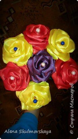 розы из атласных лент фото 32