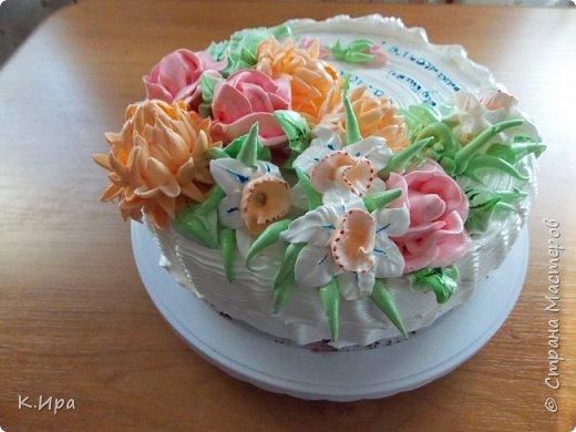 Всем -  здравствуйте!   Предлагаю, кому интересно, рецепт бисквитного торта, оформленного белковым кремом.  фото 6