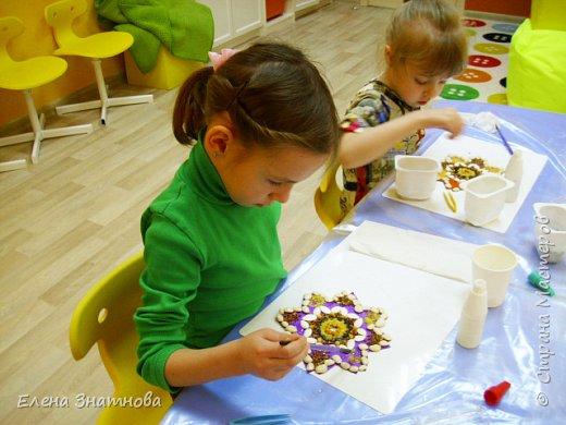 Весенний пейзаж. От собственых впечатлений к природе - рисунки все такие разные, яркие или приглушёные.Дети выражают свои эмоции в красках. фото 13