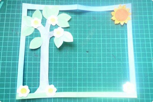"""Здравствуйте! Хочу показать книжку-туннель-раскладушку, которую делала в детский сад на """"Книжкину неделю"""". Книжка для совсем малышковской группы, поэтому тема выбрана самая популярная - времена года.   фото 13"""