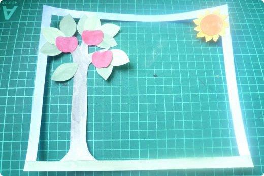 """Здравствуйте! Хочу показать книжку-туннель-раскладушку, которую делала в детский сад на """"Книжкину неделю"""". Книжка для совсем малышковской группы, поэтому тема выбрана самая популярная - времена года.   фото 15"""