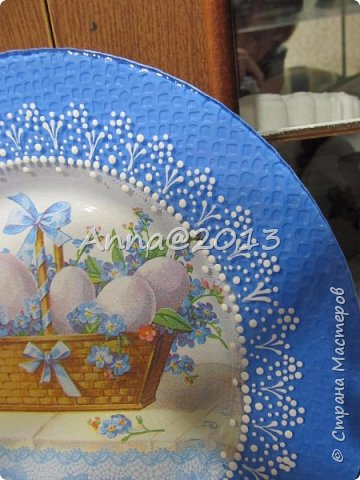 Доброго вечера всем !!! Идет Пасхальная неделя, от всей души всех поздравляю с этим светлым праздником , Христос Воскресе !!! Приглашаю посмотреть работы на эту тему...Все очень просто , без сложностей : декупаж и роспись контурами... фото 2