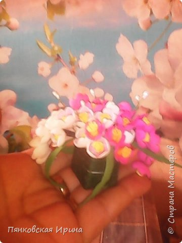 цветы для украшения из фоамирана ( из остатков фома) фото 2