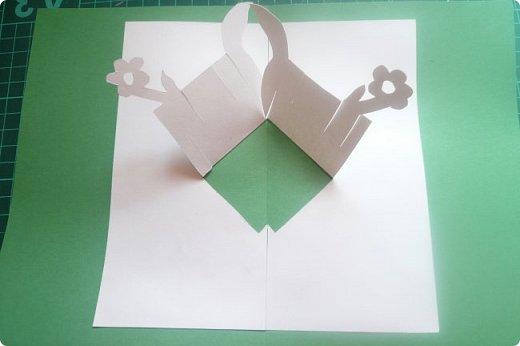Небольшой МК по сборке букета из самодельной книжки http://stranamasterov.ru/node/1026439.  фото 2