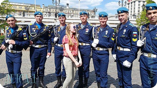 Не каждый, оказывается, может попасть даже на репетицию парада...  Но, находясь даже не в эпицентре событий на Красной площади, можно увидеть много интересного!!! фото 5