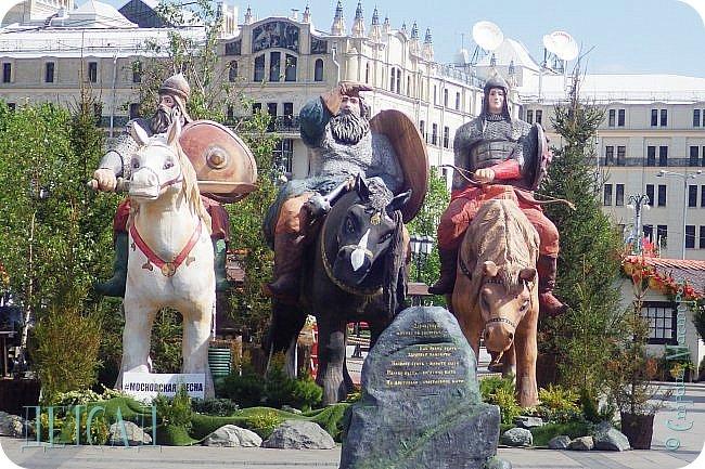 Не каждый, оказывается, может попасть даже на репетицию парада...  Но, находясь даже не в эпицентре событий на Красной площади, можно увидеть много интересного!!! фото 7
