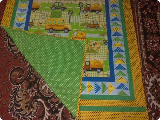 Заказали мне сшить для маленькой девочки одеялко с подушкой. Получился вот такой комплект. Всё очень просто. фото 7