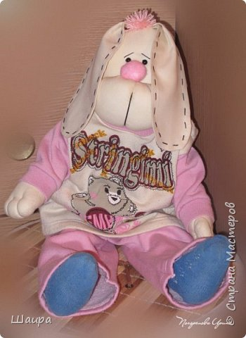 Пасхальный кролик для внука. Рост 60 см. Ровно столько, сколько сейчас рост внука. Стоит прислонившись к стене, сидит. Ручки - ножки двигаются.  Костюм можно снять. Кролика можно постирать. фото 18
