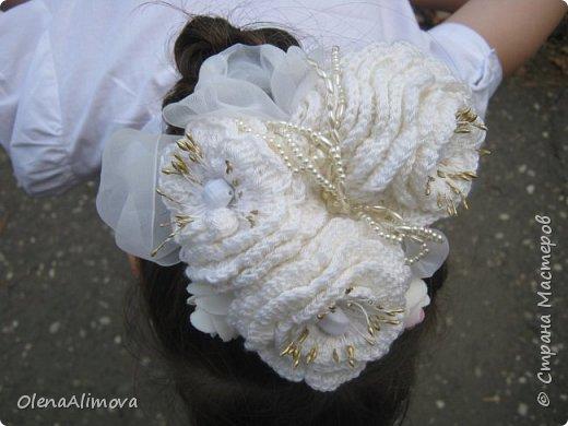 на 1 сентября -резинка для волос, декоративная. получилась тяжеловата, но целый день пробегали! фото 9