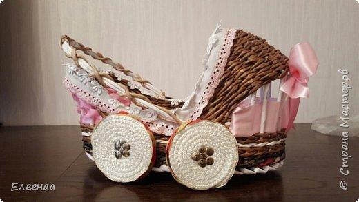 Я к вам опять с коляской,дочь попросила сделать коляску для подружки в подарок,отложила все свои  дела,быстро сваяла фото 1