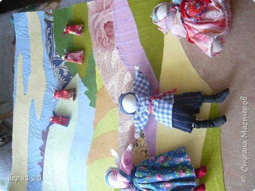 создание композиции с использованием традиционных тряпичных кукол фото 2