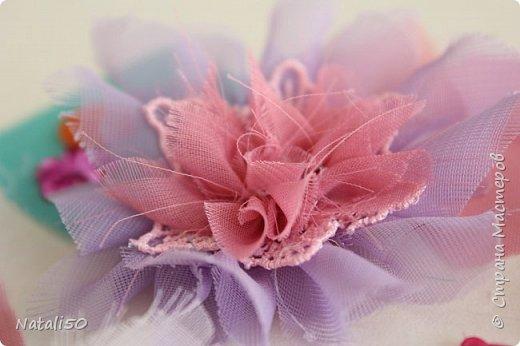 Доброго всем дня!! С Великим Днём Победы!!! Вчера сделала цветочки для моих куколок..Спасибо КсюИв  за МК - http://stranamasterov.ru/node/987708?c=favorite Теперь мои куклёхи будут нарядными с такими брошками - цветочками! фото 2