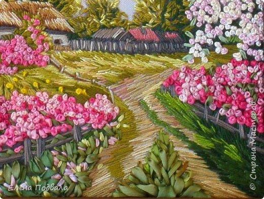 """Приветствую Страну Мастеров! Моя новая вышивка по принту """"Цветущий сад"""".  Нитки, шелковые ленты. Оформлена в рамку, под стекло. Размер 200*140мм фото 6"""