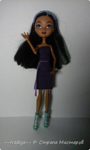 Привет!Это моя первая шарнирная куколка Алла.Ей 20 лет.Она нежная и дружелюбная.Для неё я сшила джинсовую юбку. фото 5
