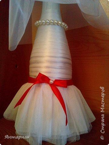 Наборчик делала к серебряой свадьбе. Почему синий? Я мастер, я так вижу))) На самом деле, серебряная лента на женихе выглядела не очень рядом с белоснежной невестой, поэтому было принято решение сделать контрастную парочку. фото 5
