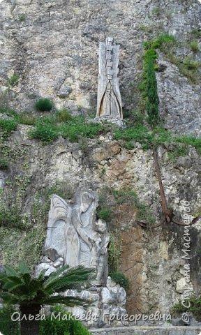 Добрый день дорогие друзья! Сегодня у меня ещё одна миниатюра с лавандой! И фото из Абхазии  и Сочи. Миниатюрки вышила на одном дыхании для своих близняшек  Даши и Катя. Впервые им захотелось ,что то одинаковое, вот и пришлось вышивать две одинаковые. фото 9