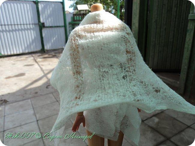 Привет! Рада тебя видеть. В этом блоге я делаю простое одноразовое платье из:  -2 влажные салфетки (должны быть уже сухие)  -тонкая ленточка  -2 или больше заколок для волос (маленькие)  Приступай к чтению и выполнению платья! В конце бонус! фото 6