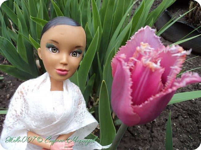 Привет! Рада тебя видеть. В этом блоге я делаю простое одноразовое платье из:  -2 влажные салфетки (должны быть уже сухие)  -тонкая ленточка  -2 или больше заколок для волос (маленькие)  Приступай к чтению и выполнению платья! В конце бонус! фото 9