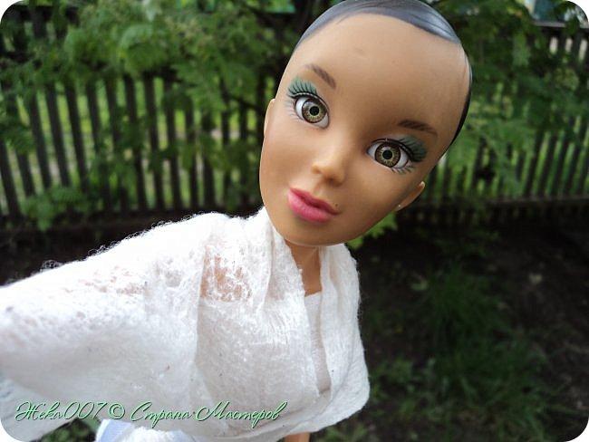 Привет! Рада тебя видеть. В этом блоге я делаю простое одноразовое платье из:  -2 влажные салфетки (должны быть уже сухие)  -тонкая ленточка  -2 или больше заколок для волос (маленькие)  Приступай к чтению и выполнению платья! В конце бонус! фото 11