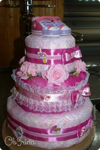 Торт из памперсов для новорожденной фото 2