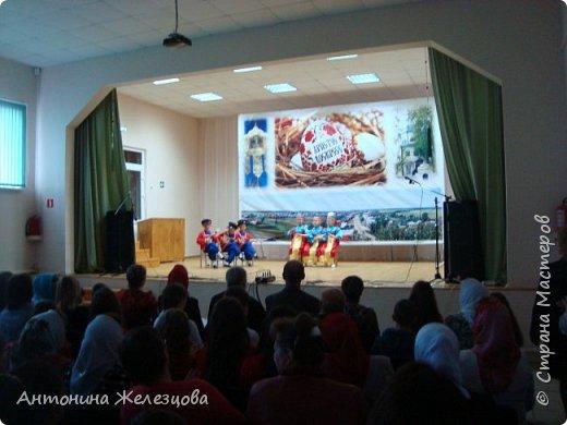 Вот и подошел учебный год к концу. Воскресная школа завершает его большим праздничным концертом и выставкой детских работ. фото 12
