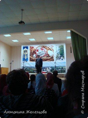 Вот и подошел учебный год к концу. Воскресная школа завершает его большим праздничным концертом и выставкой детских работ. фото 17