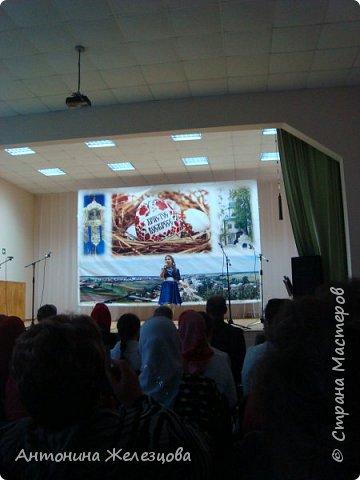 Вот и подошел учебный год к концу. Воскресная школа завершает его большим праздничным концертом и выставкой детских работ. фото 18