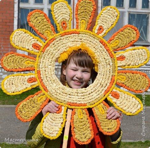 """Вот и ещё один пост собрался! Расскажу о """"жарких"""" весенних деньках:) Это наше солнышко! Готовили мы его к ярмарке для солнечной фотосессии. фото 1"""
