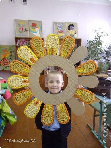 """Вот и ещё один пост собрался! Расскажу о """"жарких"""" весенних деньках:) Это наше солнышко! Готовили мы его к ярмарке для солнечной фотосессии. фото 5"""