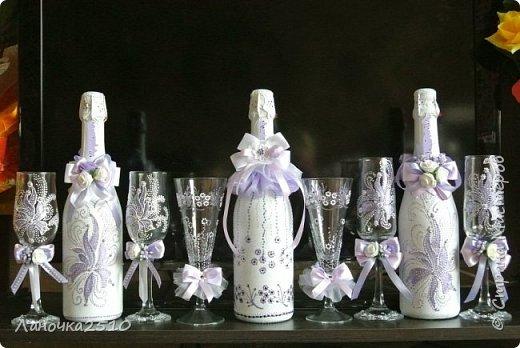 """Заказали недавно свадебный набор для """"сиреневой"""" свадьбы... сделала два варианта и один """"дежурный""""... названия на горлышках бутылок чуток """"подкрасила"""", чтобы не нарушать правила сайта... фото 1"""