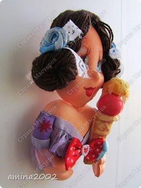 Добрый день! Магниты выполнены из фома, кроме волос .Выполнены при помощи молдов. фото 4
