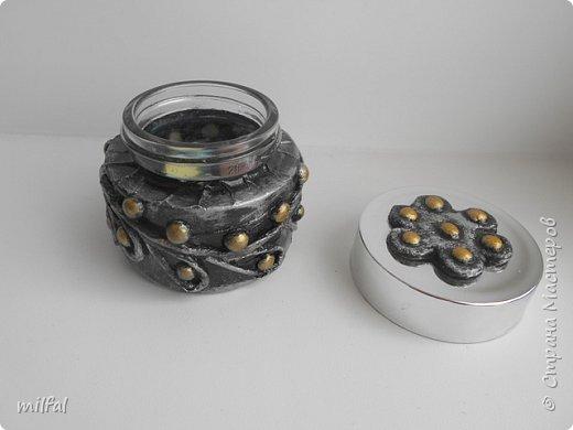 Материалы: бутылка стеклянная,скрученные жгуты,солёное тесто горох,салфетка. фото 12