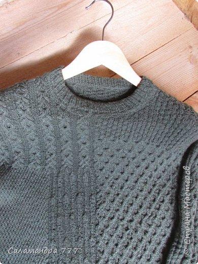 Всем-всем-всем -  добрый день!!! Принесла для Вас сегодня пуловер с модным многообразием узоров. Вязать его было сплошное удовольствие. Главное - не скучно! Различные узорчики не давали погрязнуть в однообразии.  фото 5