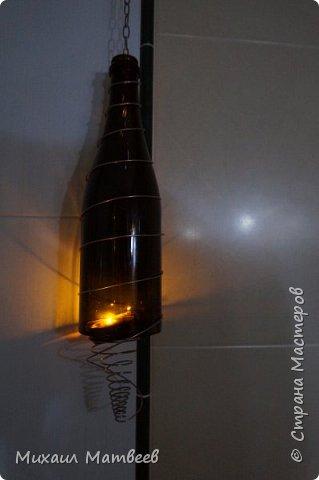 Сделан второй вариант из темной бутылки,использована проволока из нержавеющей стали,толщиной 1мм. Смотрите фото ниже. фото 2