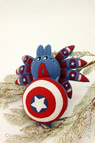 Доброго времени суток. Как я уже писала, начала серию пауков-супергероев.  Предлагаю посмотреть первую пару : Железный Человек  (Iron Man ) и Капитан Америка ( Captain America ) фото 5