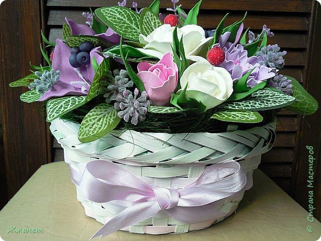 Корзинка с цветами из фома. фото 2