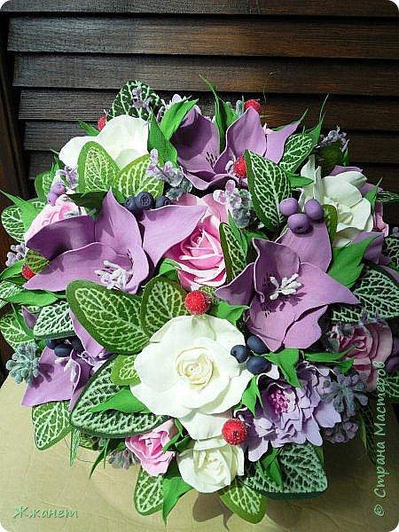 Корзинка с цветами из фома. фото 4