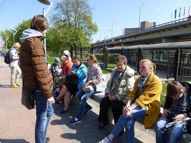 6 мая состоялась экскурсия по Аллее Космонавтов. Начало Аллеи - место встречи. фото 3
