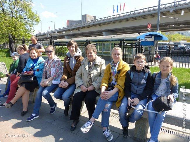 6 мая состоялась экскурсия по Аллее Космонавтов. Начало Аллеи - место встречи. фото 5