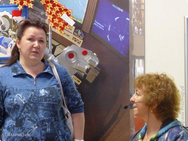 6 мая состоялась экскурсия по Аллее Космонавтов. Начало Аллеи - место встречи. фото 20