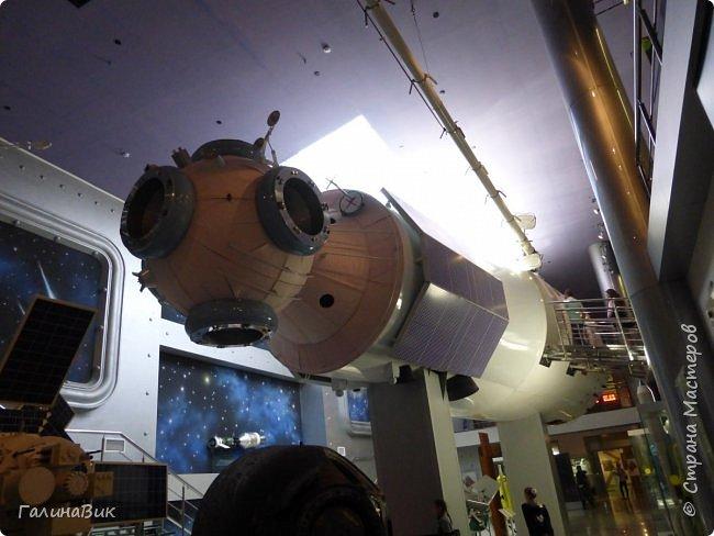 6 мая состоялась экскурсия по Аллее Космонавтов. Начало Аллеи - место встречи. фото 25