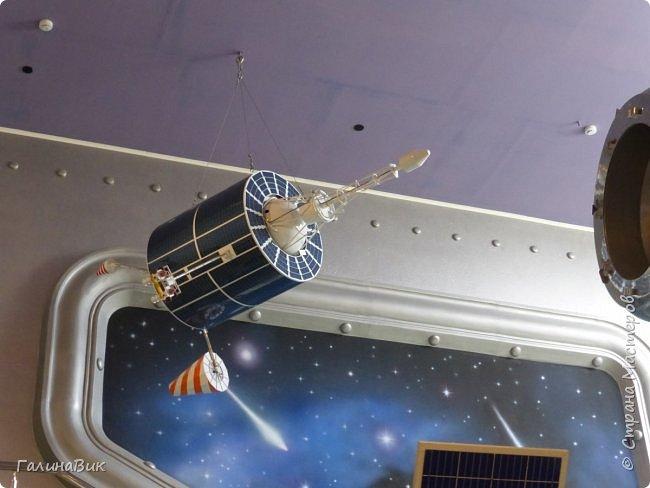 6 мая состоялась экскурсия по Аллее Космонавтов. Начало Аллеи - место встречи. фото 26