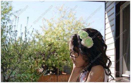 Очень уж мне нравятся ранункулюсы, хоть в живую их и не видела никогда) Ободок с ними получился нежным и воздушным) фото 2