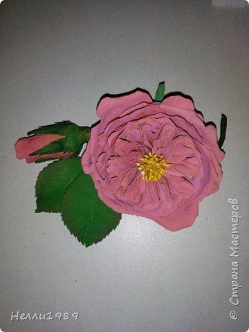 Пионовидная роза из фома фото 2